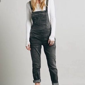 SALE🔥FREE PEOPLE Grey overalls